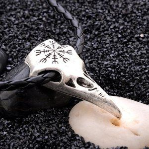 Jewelry - Nordic Viking Crows Skull Necklace
